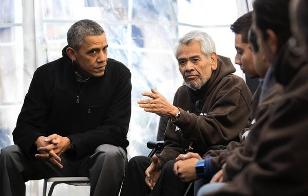 Below, Obama met with Eliseo Medina, SEIU boss, and other alleged hunger strikers who were all dressed in matching brown hoodies.