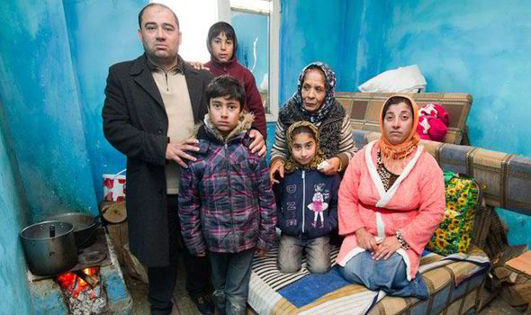 Roma family prepares to leave Bulgaria for Britain in January 2014 (Roma countdown for a mass exodus to UK, Daily Express, 12/21/13)
