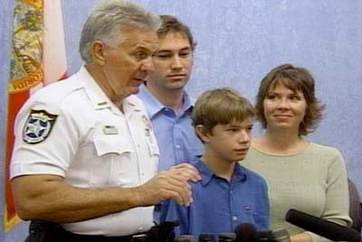Kidnap victim Clay Moore and family at press conference 2/17/07