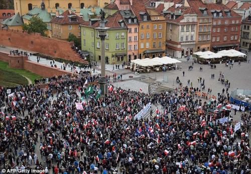 WarsawRefugeeProtest