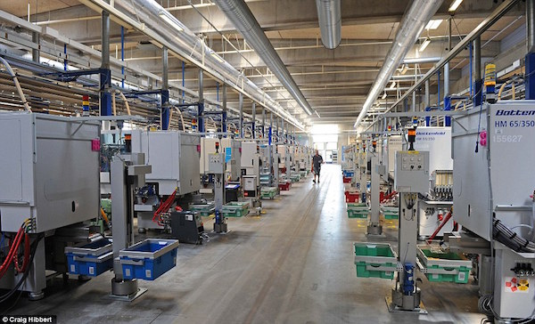 Inside a Totally Modern Lego Factory: Robots!   replacing workers ...