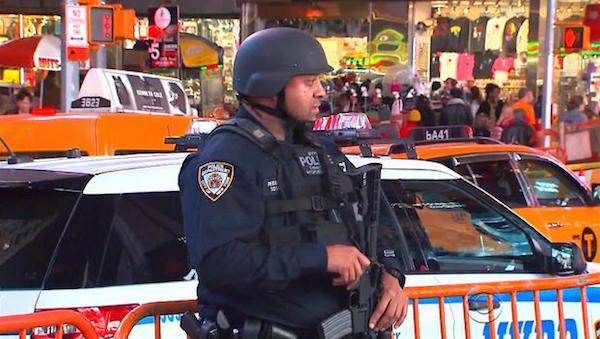 NewYorkTimesSquareArmedPolice